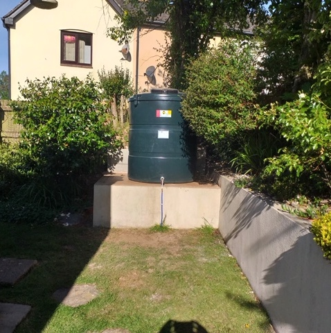 New oil tank installed and site left nice and tidy